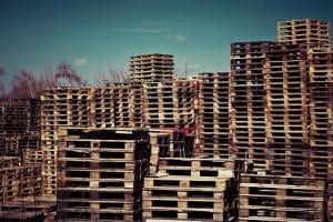 Où trouver des palettes de bois gratuites ?