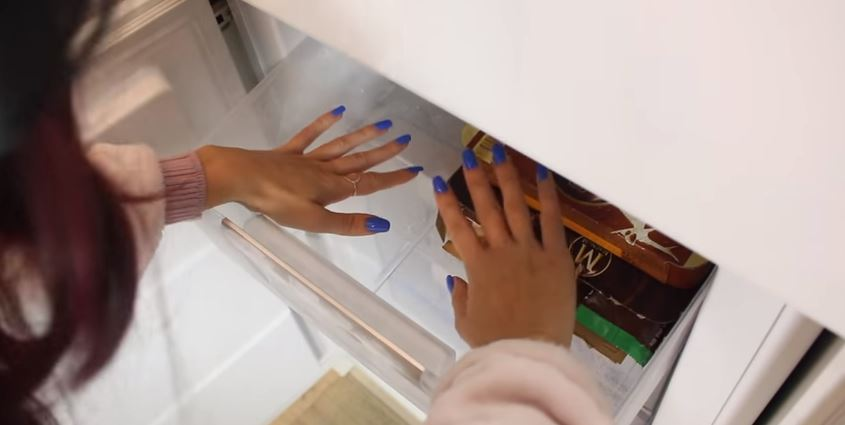 Comment faire pour que le vernis à ongle tienne ?
